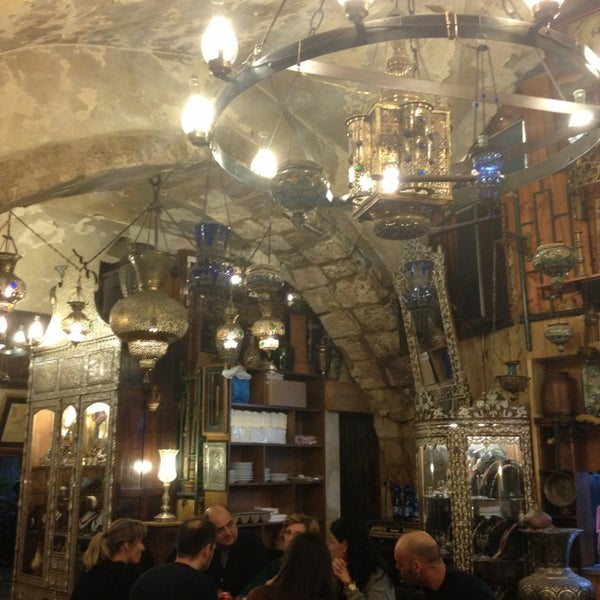 Photo taken at Armenian Tavern by Gabriele D. on 12/6/2013