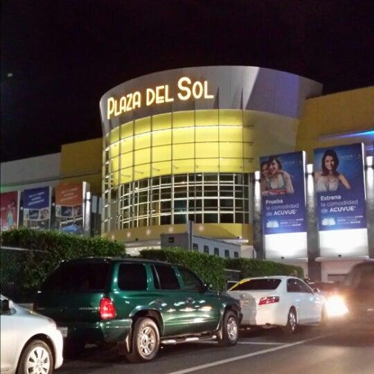 Plaza del sol centros isla centro comercial for Del sol centro
