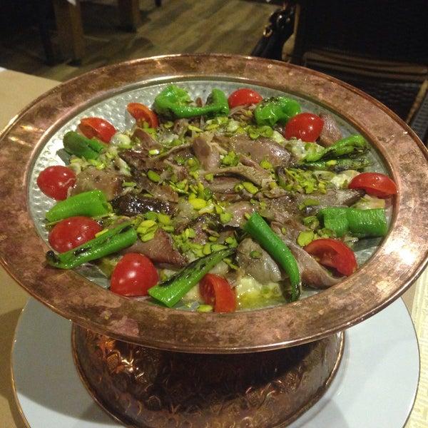Photo taken at Körfez Aşiyan Restaurant by Halil T. on 5/16/2015
