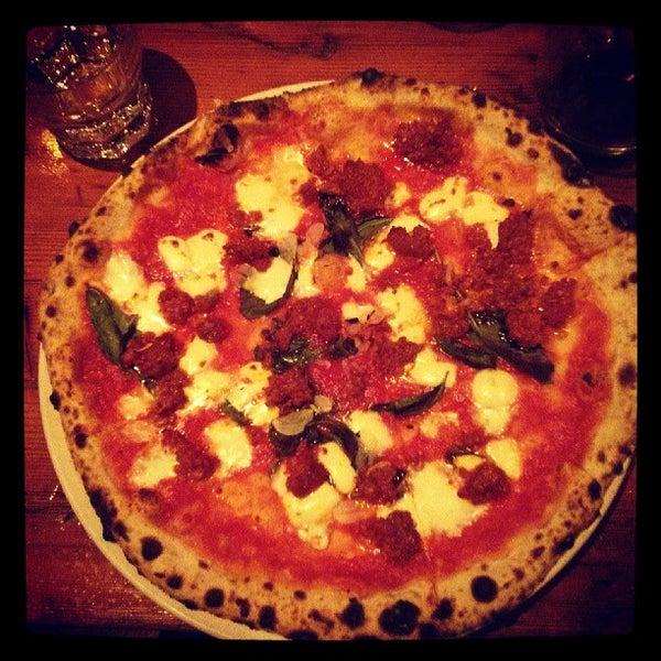 Photo prise au Pizzeria Libretto par Catherine B. le7/9/2013