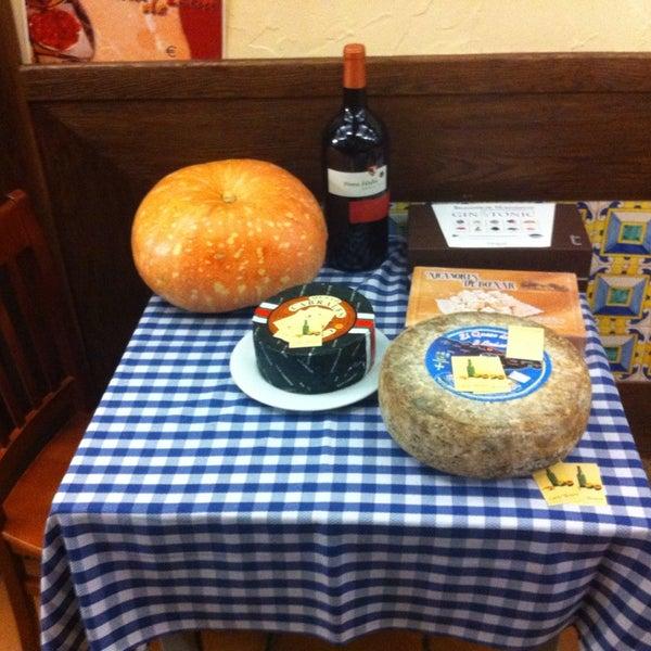 Foto tomada en Carlos Tartiere Restaurante Sidrería por Santiago D. el 11/3/2013