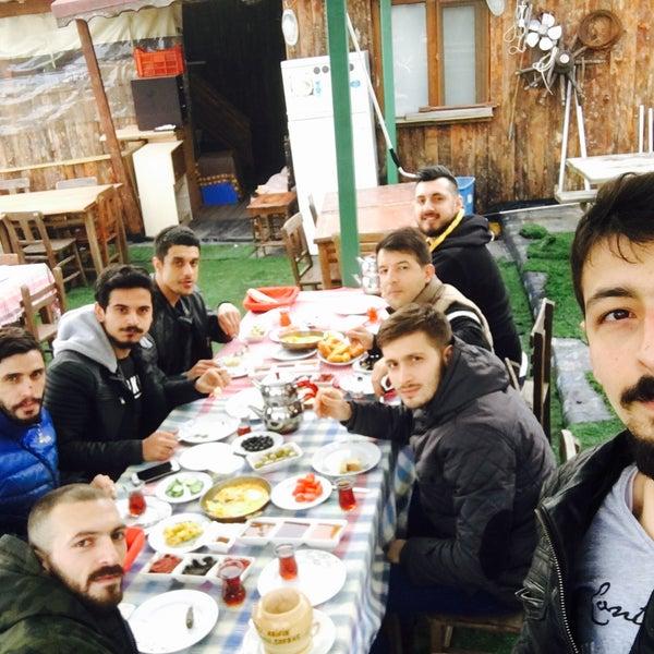 2/24/2018 tarihinde Ercan Ç.ziyaretçi tarafından Hacı Arif Osmanlı Sofrası'de çekilen fotoğraf