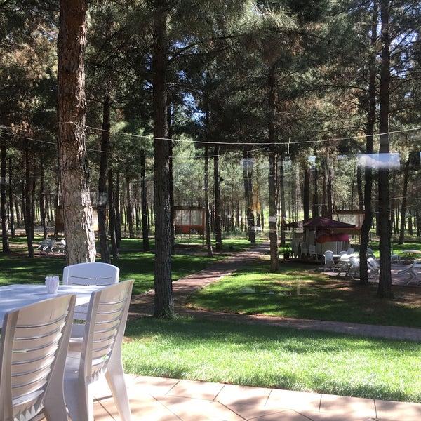 5/25/2017 tarihinde Murat K.ziyaretçi tarafından Koçlar Restaurant ve Dinlenme Tesisi'de çekilen fotoğraf