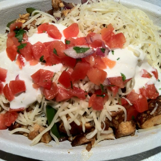 Photo taken at Chipotle Mexican Grill by Paul G. on 12/1/2012