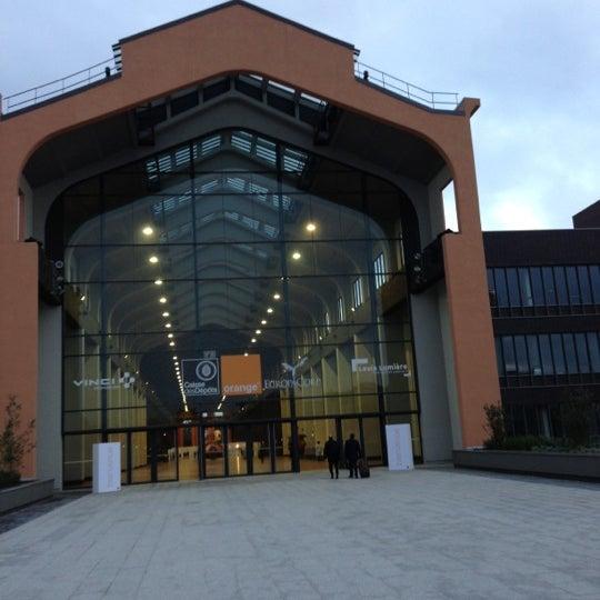 Das Foto wurde bei Cité du Cinéma von Odile R. am 10/5/2012 aufgenommen