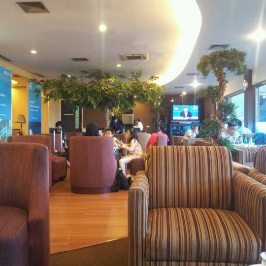 Photo taken at Citibank Lounge by A E. on 10/16/2012