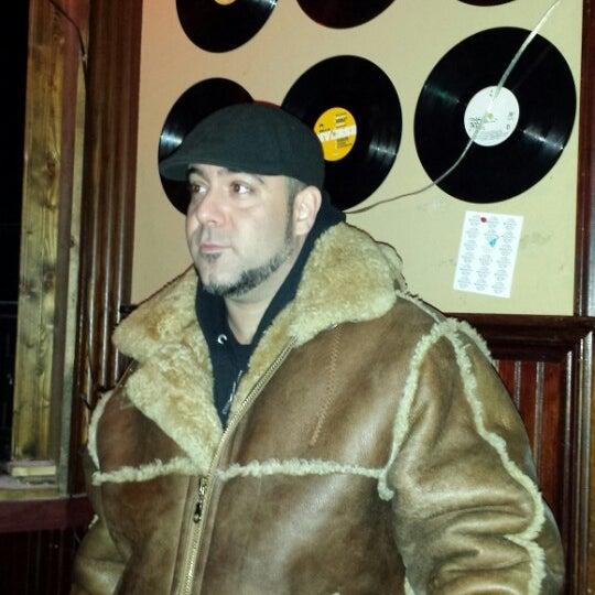 รูปภาพถ่ายที่ Woodruff's โดย MC Chuck S. เมื่อ 11/24/2013