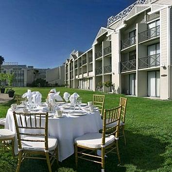 Photos at DoubleTree by Hilton Hotel Berkeley Marina - Hotel in Berkeley