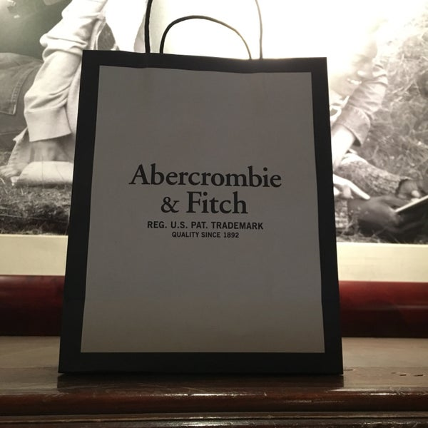 Photo taken at Abercrombie & Fitch by Erik S. on 10/20/2016