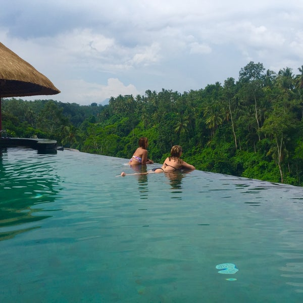 Photo taken at Viceroy Bali by Bouche à Bouches on 4/12/2016