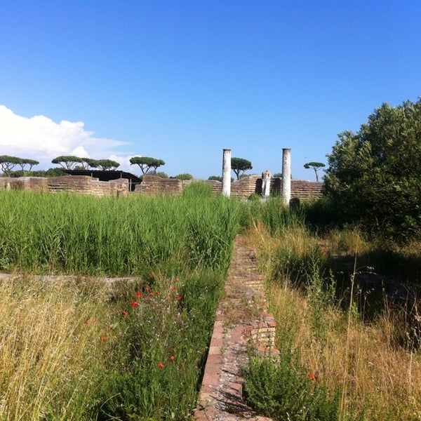 Photo taken at Ostia by Vera B. on 6/7/2013