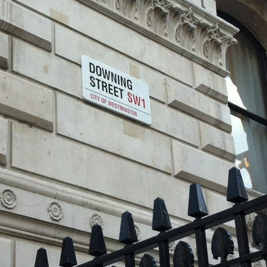 Photo taken at 10 Downing Street by Sarietha E. on 11/5/2012