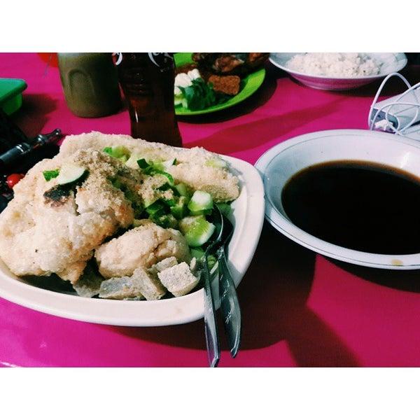 Photo taken at Pusat Kuliner Jajan Makan TMP Kalibata by Farid N. on 12/17/2014