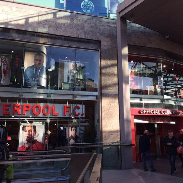 Photo taken at Liverpool FC Official Club Store by いぬマン on 2/7/2014