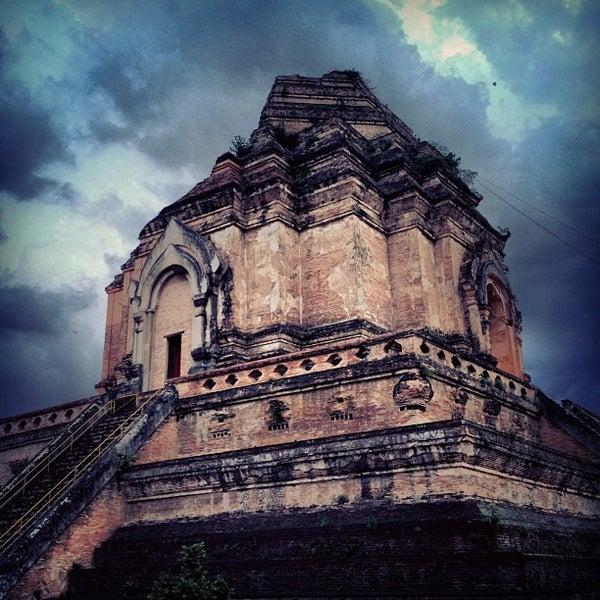 Photo taken at Wat Chedi Luang Varavihara by Ruang K. on 5/6/2013