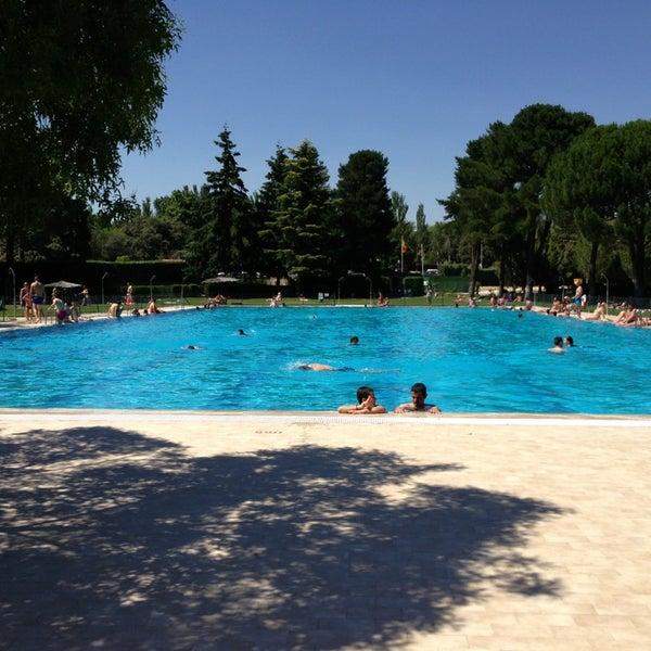 Polideportivo municipal boadilla 5 tips for Piscina boadilla