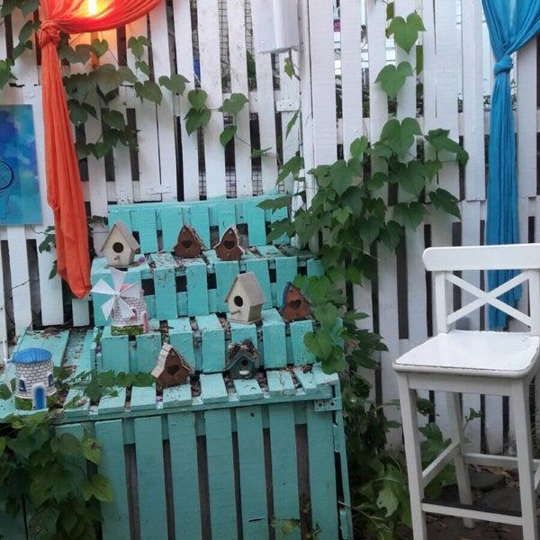 7/21/2017에 Alvin Ş.님이 Büyükada Bistro Candy Garden에서 찍은 사진
