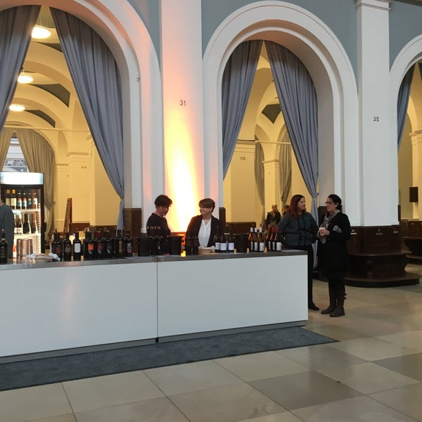 Photo taken at Hamburg Chamber of Commerce by Kim G. on 10/28/2017