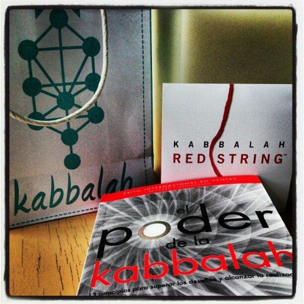 Foto tomada en Centro de Kabbalah, Librería Polanco por César A. el 2/6/2013