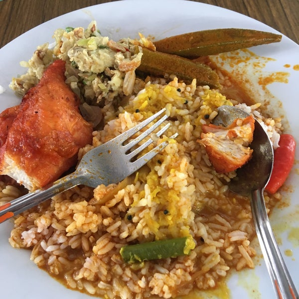 Photo taken at Sri Weld Food Court by Sammy S. on 4/27/2018