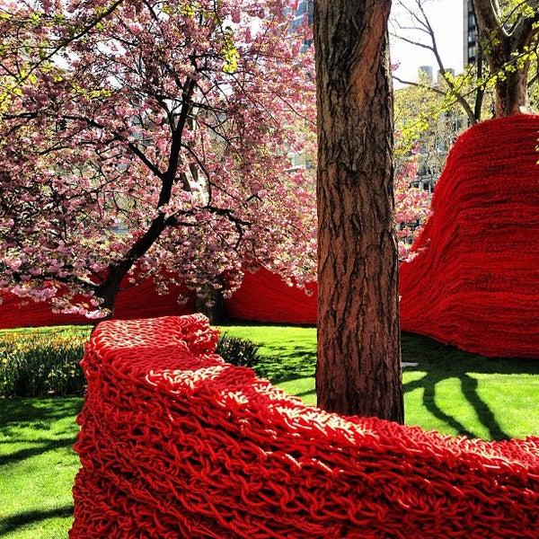 Foto diambil di Madison Square Park oleh Matt W. pada 4/25/2013