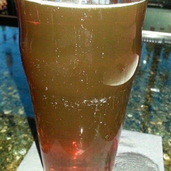 Снимок сделан в The V - Virginia's Eatery and Brew House пользователем Michael K. 4/18/2014