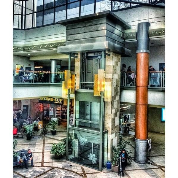 Photos at CF Rideau Centre - Byward Market-Parliament Hill - 51 tips