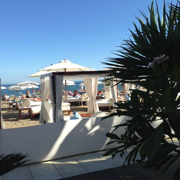 Foto tomada en Playa Miguel Beach Club por Claudia V. el 10/5/2013