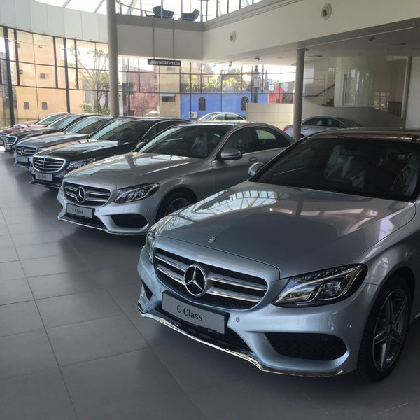 Mercedes benz center dimo 800 for Mercedes benz corporate office complaints
