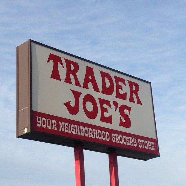 Service Dogs Sign Trader Joe S