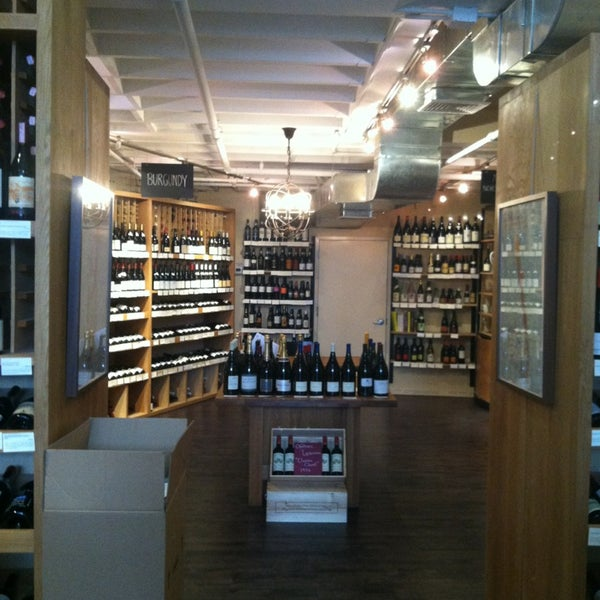 Fine wine merchants with locations in New York City and San Francisco, with free delivery in New York and California, including Champagne, artisanal wine, organic and natural wine, spirits, and rare fine wine. Offering nation-wide shipping and fast delivery throughout California and the New York City region.