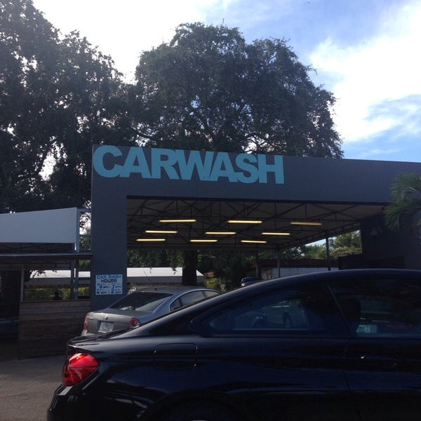 Photo taken at Karma Car Wash by Roy Adam L. on 11/8/2014