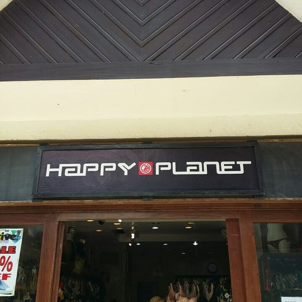 The Lonely Planet store has heaps of other cool travel companions including magnetic games, electronic gear, hiking equipment and fun things for the plane. It's kind of like a treasure chest for travelers, with lots of uber cool accessories and great informative books/5(3).