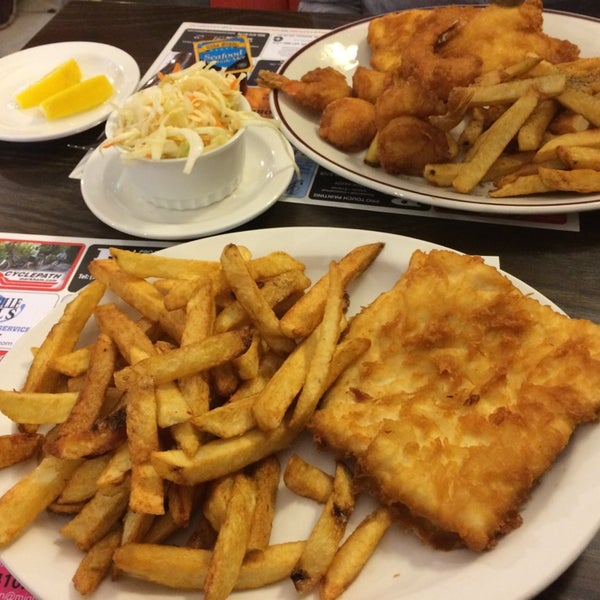 Danny 39 s fish chips seafood restaurant in markham for Fish chips restaurant