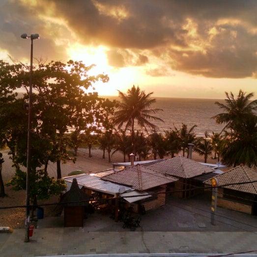 Foto tirada no(a) Atlântico Praia Hotel por Rodrigo B. em 10/3/2014