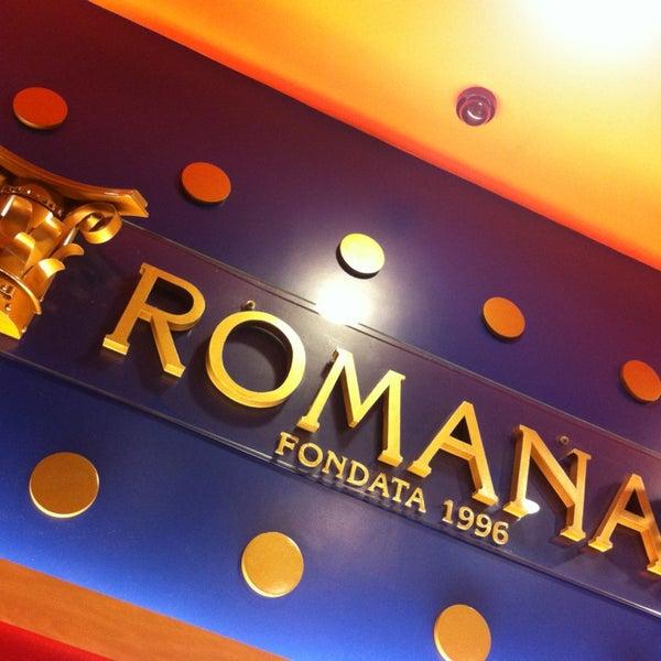 Photo taken at Confeitaria Romana by Mirela M. on 1/27/2013
