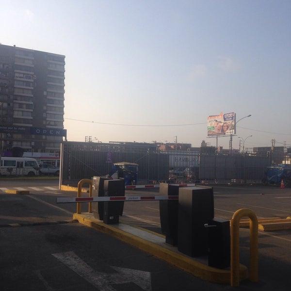 Photo taken at Open Plaza Canta Callao by Dario R. on 9/10/2016