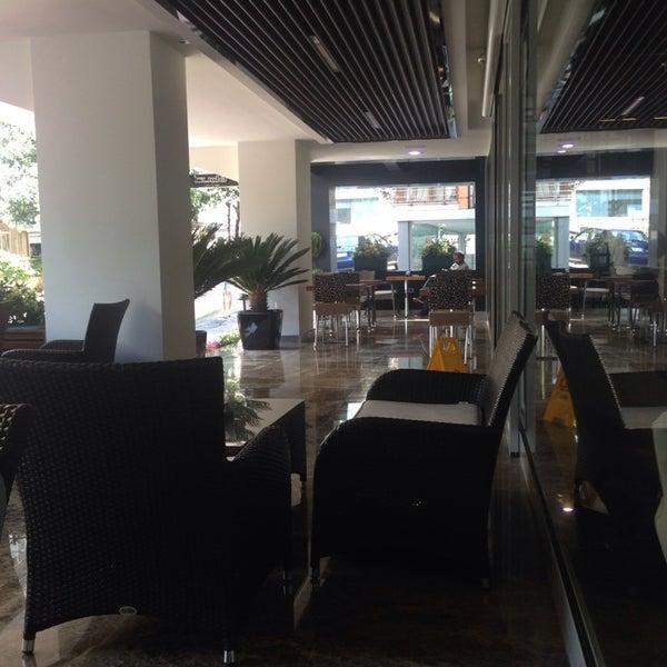 9/7/2014 tarihinde Serkan O.ziyaretçi tarafından Business Life Hotel'de çekilen fotoğraf