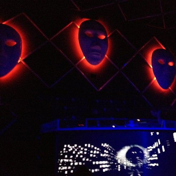 5/2/2013 tarihinde Onur K.ziyaretçi tarafından Masquerade Club'de çekilen fotoğraf