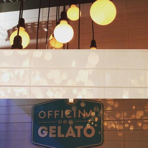 Foto tirada no(a) Officina del Gelato por Antonio J. em 1/22/2017