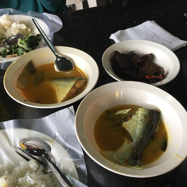 Photo taken at MABIQ Restaurant by Alya R. on 7/22/2017
