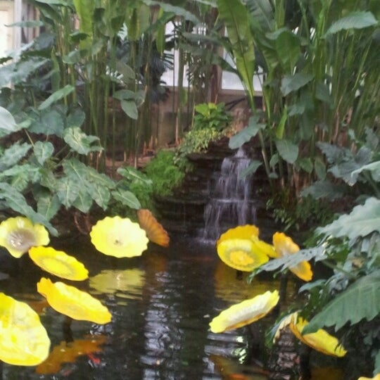 Photo taken at Garfield Park Conservatory by Nicole C. on 1/1/2013