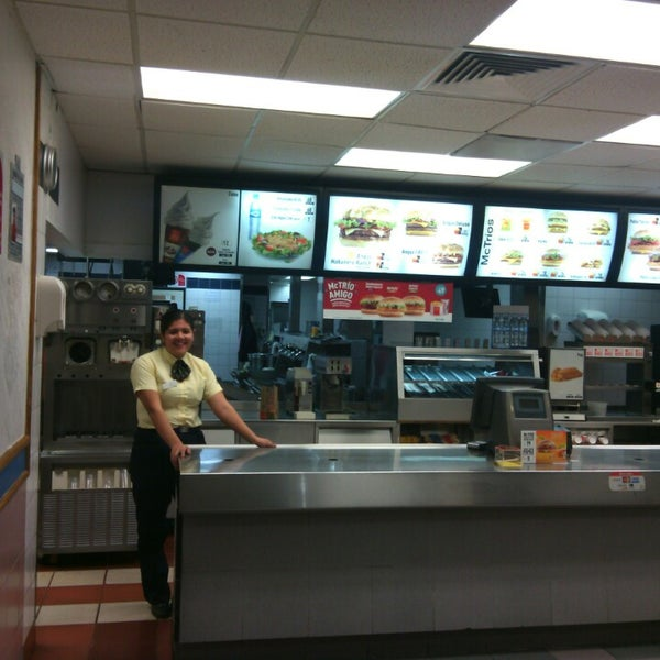 Photo taken at McDonald's by Gustavo M. on 2/2/2015