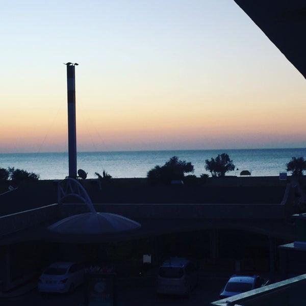 11/25/2016 tarihinde Rüçhan Y.ziyaretçi tarafından Ünlüselek Hotel'de çekilen fotoğraf