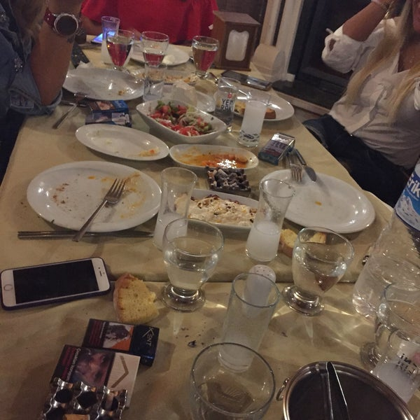 10/4/2017 tarihinde Gamze Ç.ziyaretçi tarafından Gölköy Restaurant'de çekilen fotoğraf