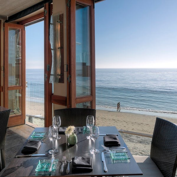 splashes seafood restaurant in laguna beach