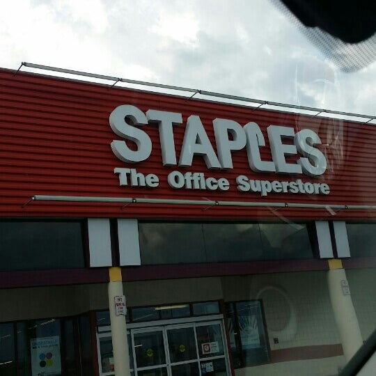 Staples 2860 Tittabawassee Rd