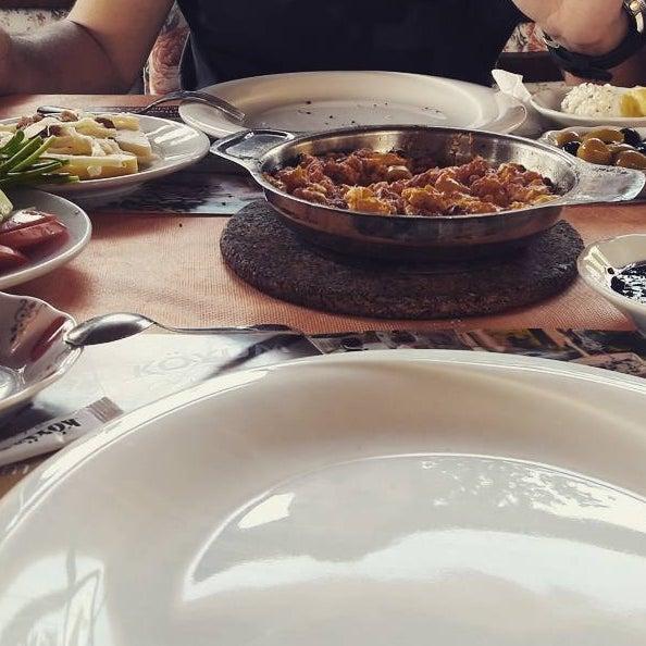 9/10/2017 tarihinde TC Zeynep A.ziyaretçi tarafından Köyüm Bahçe Restaurant'de çekilen fotoğraf