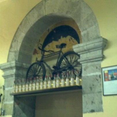 Foto tomada en Cantina La Fuente por Ezequiel G. el 4/9/2012