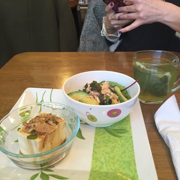 Photo taken at Ashbox Cafe by Julia M. on 3/30/2016